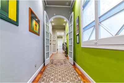Большая квартира на одной из самых лучших улиц Барселоны